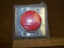 IDEC TWTD SERIES 65mm RED PUSH BUTTON SWITCH ABFD422NR SS Mounting Plate  C36