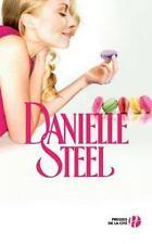 Une Grande Fille by Danielle Steel (2011, Paperback)