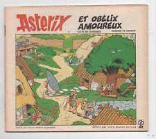 Astérix et Obélix amoureux. Album publicitaire ELF 1973. 15,5 x 13,5 cm