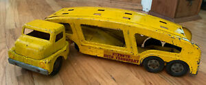 VINTAGE 1950's STRUCTO PRESSED STEEL AUTO TRANSPORT TRACTOR TRAILER TRUCK Yellow