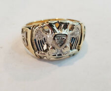 MANS 10KT YELLOW & White GOLD DIAMOND 8.9 Grams MASONIC RING SIZE 11 - 1858