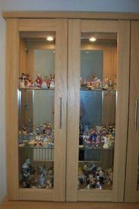 DISPLAY CAVINET WITH GLASS DOORS GLASS SHELVES DOWN LIGHTS VGCD