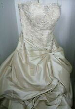 Brautkleid, wunderschön Kleid, Gold/Beige Farbe, Größe 42 bis 48 (extra teil)