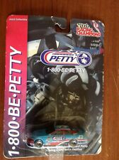 KHS - 1/64 RACING CHAMPIONS ITEM #91153 RICHARD PETTY DRIVING EXPERIENCE #43 CAR