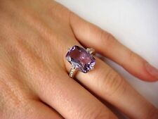 ! VERY NICE GENUINE AMETHYST AND DIAMONDS LADIES RING IN 14K YELLOW GOLD SETTING