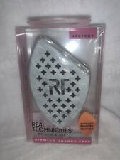 Real Techniques Premium Travel Sponge Case 01892 New