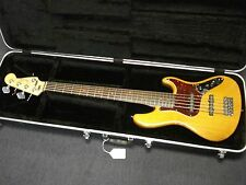 Fender Jazz Bass Deluxe 5 string 2007 with HS case