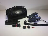 Panasonic OmniMovie PV-704 VHS AFx8 Video CamCorder w/ Case Charger Camera