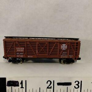 N scale freight car 40'stock cattle car ATSF Santa Fe brown Bachmann HK exc