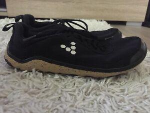 Vivobarefoot Barfußschuhe Sneaker Damen schwarz Gr. 39 L