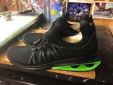 Nike Shox Gravity Luxe Triple Black/Green Strike Size US 10 Men's AR1470 003