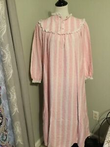 Vintage LL BEAN Lanz of Salzburg large Pink Floral Flannel Night Gown Pajamas L4