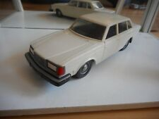Stahlberg Finland Volvo 264 GL in White + metal wheel caps