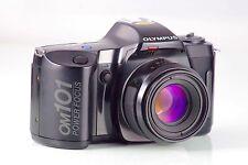 OLYMPUS CLASSIC CAMERA REFLEX OM101 + AF 1.8/50mm POWER FOCUS MADE IN JAPAN