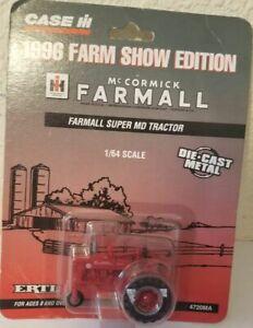 1/64 Ertl Farmall Super MD Tractor