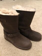 New Genuine Ugg Noira brown boots, Size 3, RRP £235!