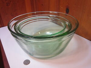 Set of 3 MSE Martha Stewart Green Tint Glass Nested Mixing Bowls 1.5 2.5 4 Quart