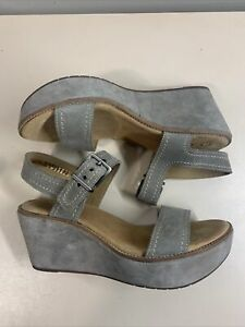 Clarks Artisans Gray Wedge Platform Sandals Women's Size 8.5