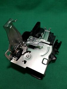 for JAGUAR XE NEW XF F-PACE E-PACE I-PACE REAR LEFT HAND DOOR LATCH T2H17442