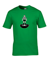 NEWCASTLE- Favourite TEAM KIT COLOURS Men's Personalised Football Fan T-Shirt