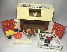 Vintage 1967 FISHER PRICE Little People Farm 915 Barn