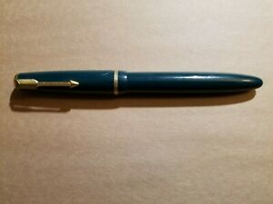Green Parker Duofold Fountain Pen  14 k Nib