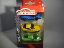 Majorette 20522700      1:64     3 inches    scale 3 cars set   great detail