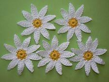 5 Häkelblumen, Flowers, gehäkelte Blumen, Applikation, Aufnäher, Weiß-Gelb
