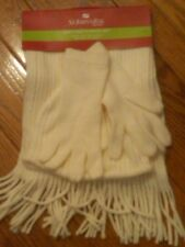 NWT $32 WOMENS 3-PC SOFT OFF WHITE WINTER SCARF, GLOVES, & HAT FRINGED ONE SIZE
