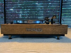 thorens td 165 turntable Oak wood plinth in very good condition