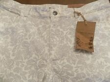 NWT COLDWATER CREEK SLIM LEG JEANS CREAM COLORED WITH LACE PATTERS SIZE 16 RETAI