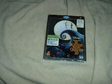 the Nightmare Before Christmas 3D + 2D Blu-ray + DVD w/ Lenticular SLIPCOVER