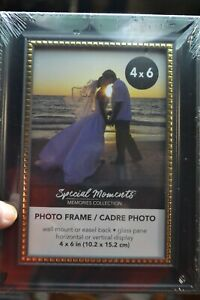 GOLD BORDERED BLACK 4X6 INCH FRAME PHOTO SPECIAL MOMENTS WALL / TABLE HOME DECOR