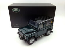 Kyosho 1:18 Land Rover Defender 90 Short Wheel Antree Green Die-Cast Model