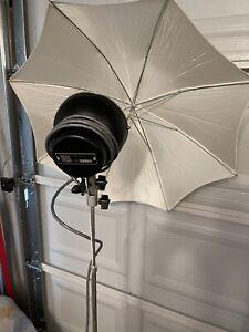Professional Novatron 240 Studio Portrait Photography Flash System Mint