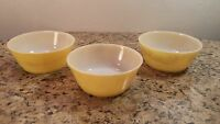 VINTAGE ANCHOR HOCKING FIRE KING BOWLS YELLOW SET OF 3