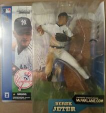 2002 McFarlane Toys Series 2 DEREK JETER NEW YORK YANKEES FIGURE MIP Glue