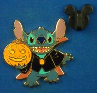 Stitch Dracula Vampire Costume Holding Pumpkin Halloween 2003 Disney Pin # 24632