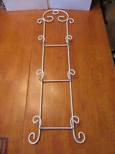Vintage Ornate White Wire Metal 3 Plate Photo Holder Rack Wall Hanging - EUC