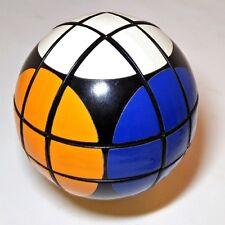 Rubik's Ball, Vintage Década de 1980 Grande 9.5cm esfera en forma de cubo de Rubik's!
