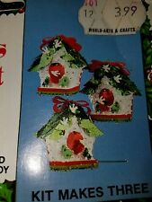 Vtg Holiday Industries CHRISTMAS BIRD HOUSE Ornament KIT Makes 3! Sequin Beads