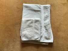 TWO MINT GREEN TOWELS:1x HAND TOWEL & 1 x BATH TOWEL