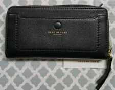 Marc Jacobs Pebbled Leather Zip Around Wallet in Black Color M0013048