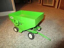 Agco Avco Huskee Farm Toy Vehicle Equipment Gravity Flow Feed Wagon Very Rare