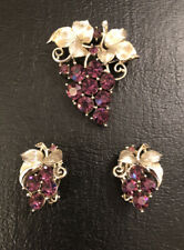 Vintage Lisner Signed Grape Brooch and Earrings