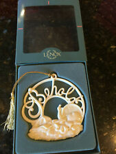 Lenox Christmas Ornament Holiday Wishes Behold Baby Jesus Manger Round