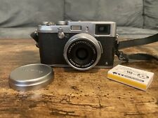 Fujifilm X100S 16.3MP Digital Camera - Silver with Extra Battery