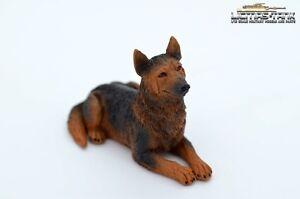 Neu Deutscher Schäferhund Hund Figur Resin hochwertig hand bemalt 1:16 diorama