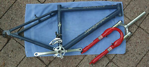Specialized Stumpjumper w/ Fork and extras MED (16 in)