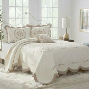 Nostalgia Marilyn Quilted Embroidered Bedspread Queen Floral Ivory